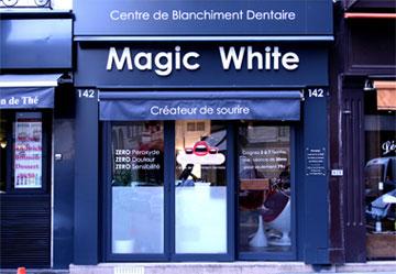 Magic White Paris Louvre